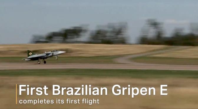 Första braslianska Saab Gripen- planet flyger